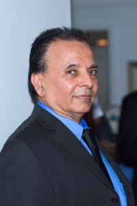 Vijay Gulati VR Universal Realty Gas Station Guru Florida